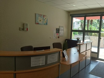 LOCAL D ACTIVITE A VENDRE - FREJUS - 188 000 €
