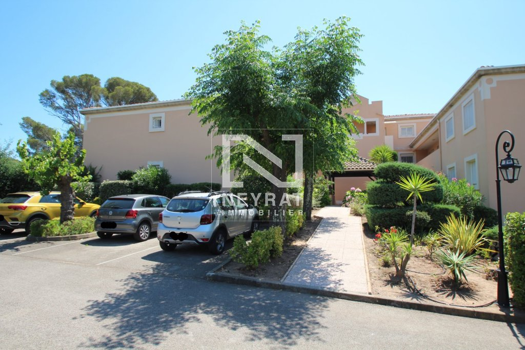 APPARTEMENT T3 + GARAGE A VENDRE - ST RAPHAEL BOULOURIS - 55,17 m2 - 295 000 €